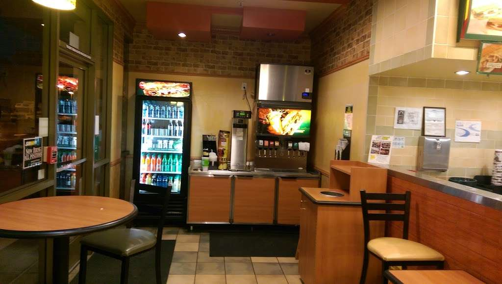 Subway - restaurant  | Photo 2 of 6 | Address: 563-C Rohnert Park Expy, Rohnert Park, CA 94928, USA | Phone: (707) 588-8605