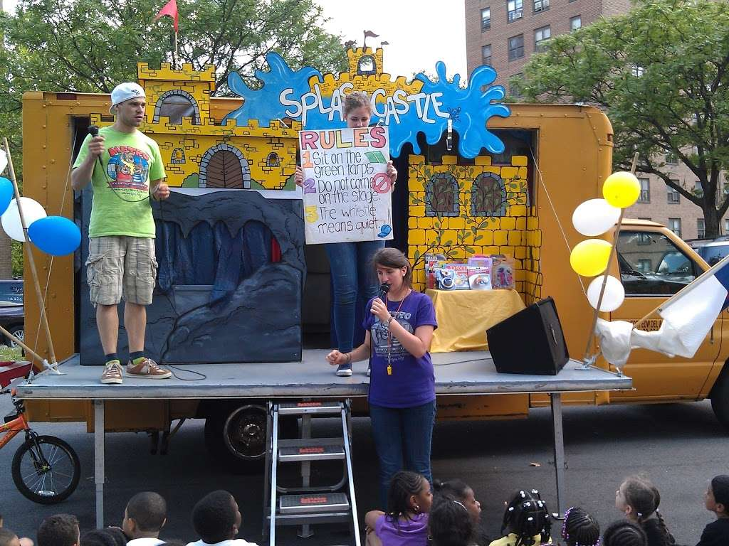 Randall Playground - park  | Photo 6 of 10 | Address: 2125 Randall Ave, Bronx, NY 10473, USA