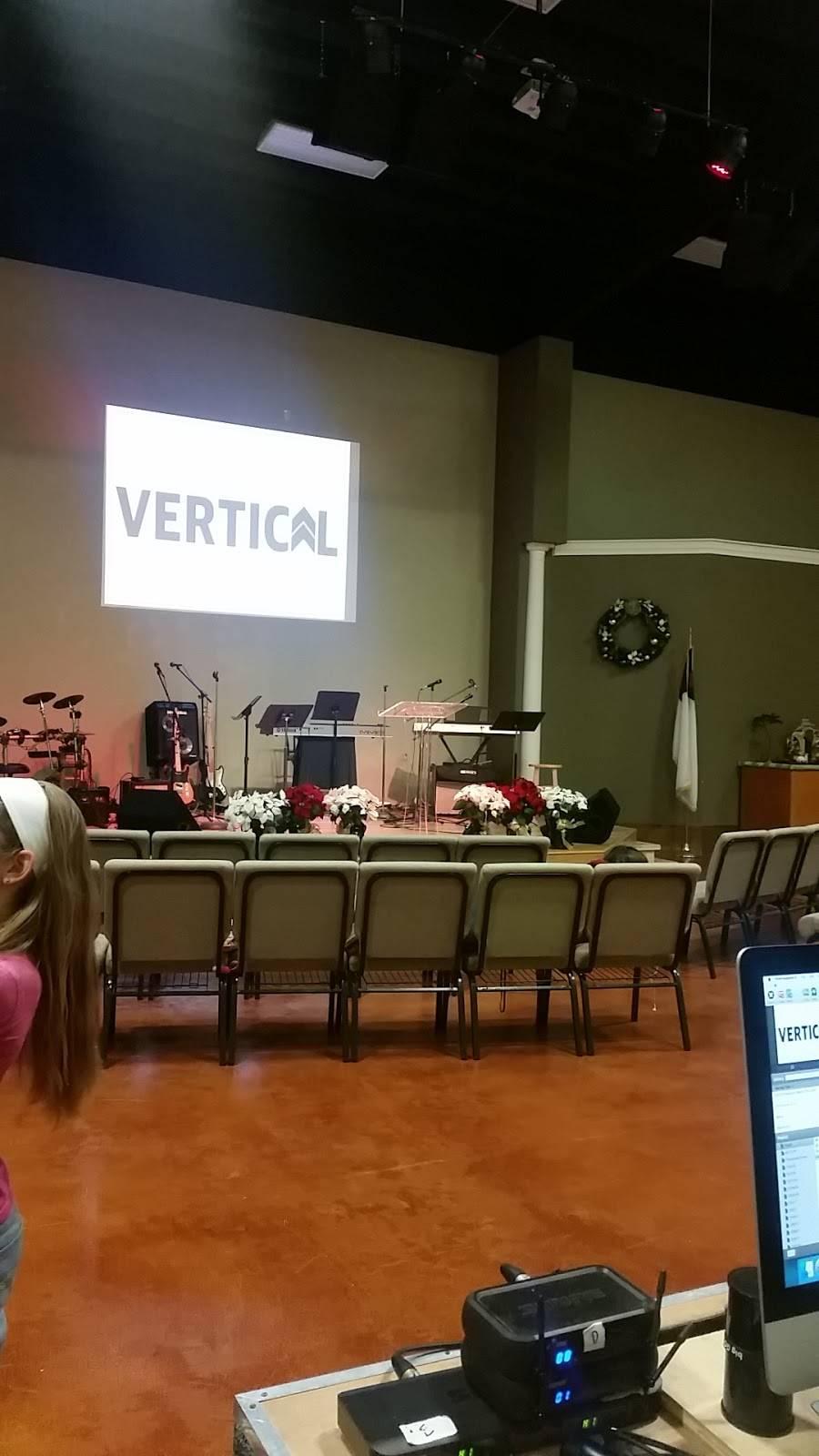 Southpointe Baptist Church - church  | Photo 3 of 7 | Address: 901 Debbie Ln, Arlington, TX 76002, USA | Phone: (817) 453-5550