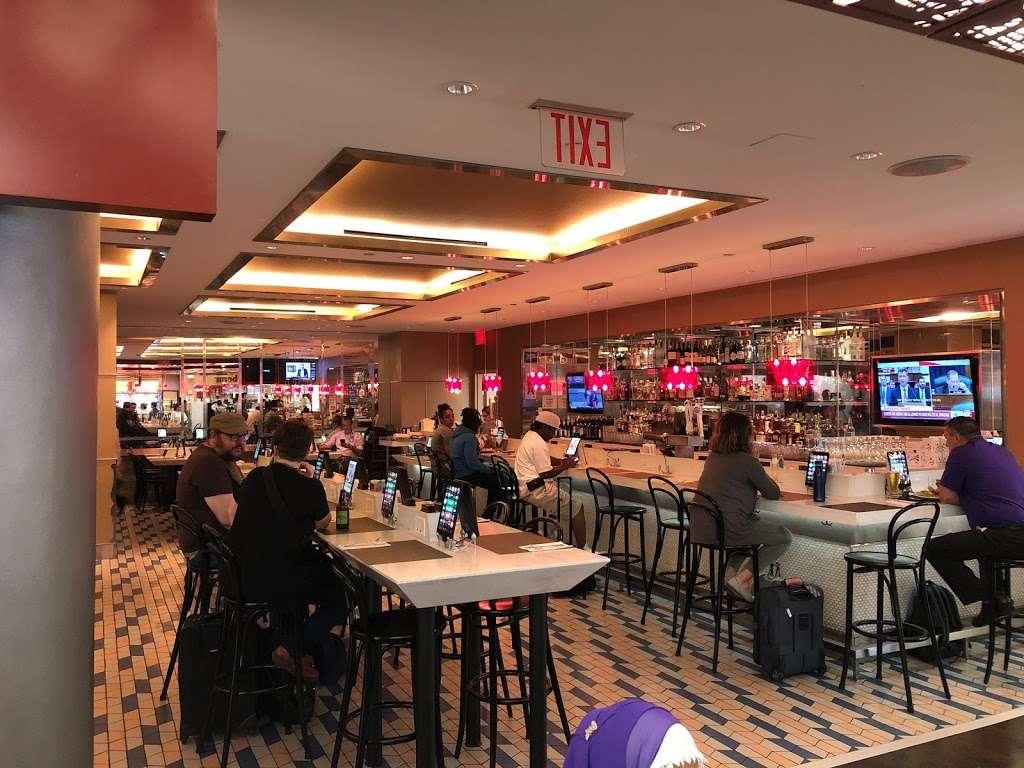 Taste of Bisoux - restaurant  | Photo 1 of 10 | Address: Terminal D Gates 3-4, Flushing, NY 11371, USA