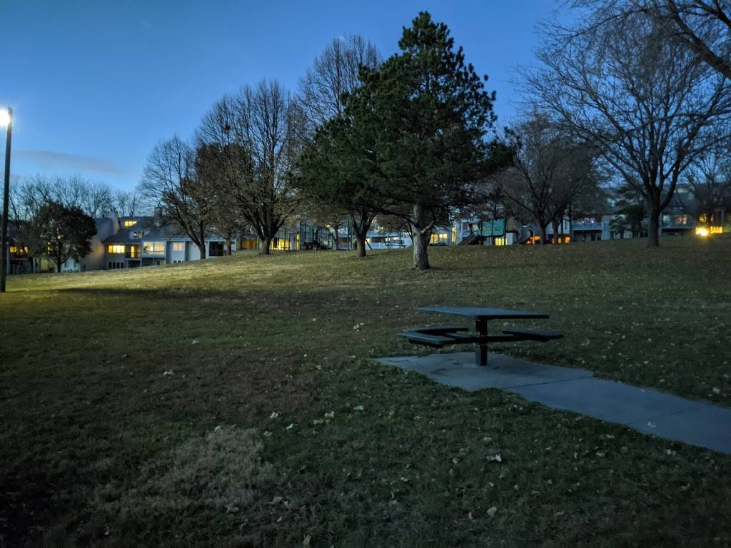 Applewood Heights Park - park    Photo 6 of 6   Address: 10706 Washington Dr, Omaha, NE 68127, USA   Phone: (402) 444-5900
