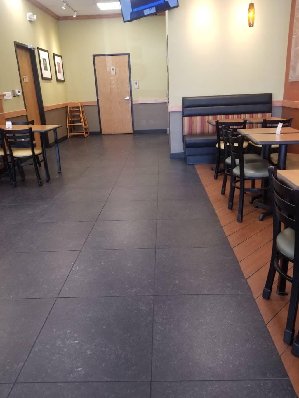 Subway - meal takeaway  | Photo 4 of 7 | Address: 6351, 402 S Desert Blvd Building D Suite 401, El Paso, TX 79932, USA | Phone: (915) 307-6135