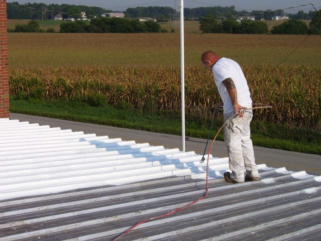 Brian Cundy: dba Pressure Washing and Painting - roofing contractor  | Photo 3 of 6 | Address: 1516 E 30th St, Anderson, IN 46016, USA | Phone: (765) 617-9854