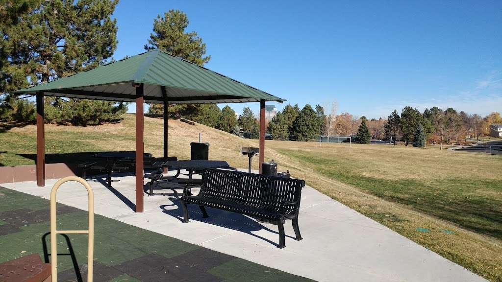 Hunters Hill Park - park  | Photo 3 of 10 | Address: 7275 S Xanthia St, Centennial, CO 80112, USA | Phone: (303) 798-5131