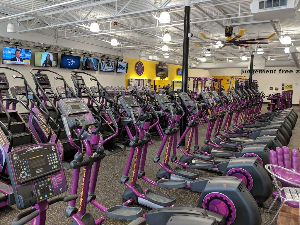 Planet Fitness 1112 Milwaukee Ave Ste 120 Burlington Wi 53105 Usa