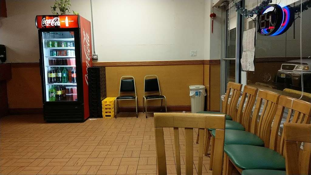 China King Restaurant - restaurant  | Photo 3 of 6 | Address: 328 White Horse Pike #6, Clementon, NJ 08021, USA | Phone: (856) 783-9133