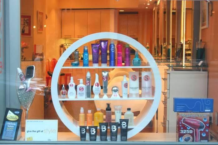 Lifestyle Salon NYC - hair care    Photo 4 of 10   Address: 243 E 13th St, New York, NY 10003, USA   Phone: (212) 228-5577