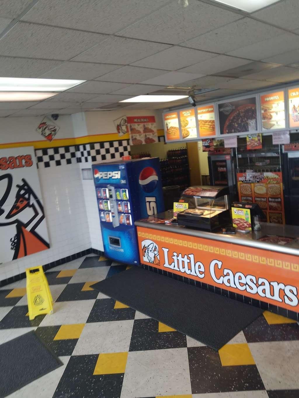 Little Caesars Pizza - meal takeaway  | Photo 8 of 10 | Address: 6585 Commerce Blvd B, Rohnert Park, CA 94928, USA | Phone: (707) 586-0696