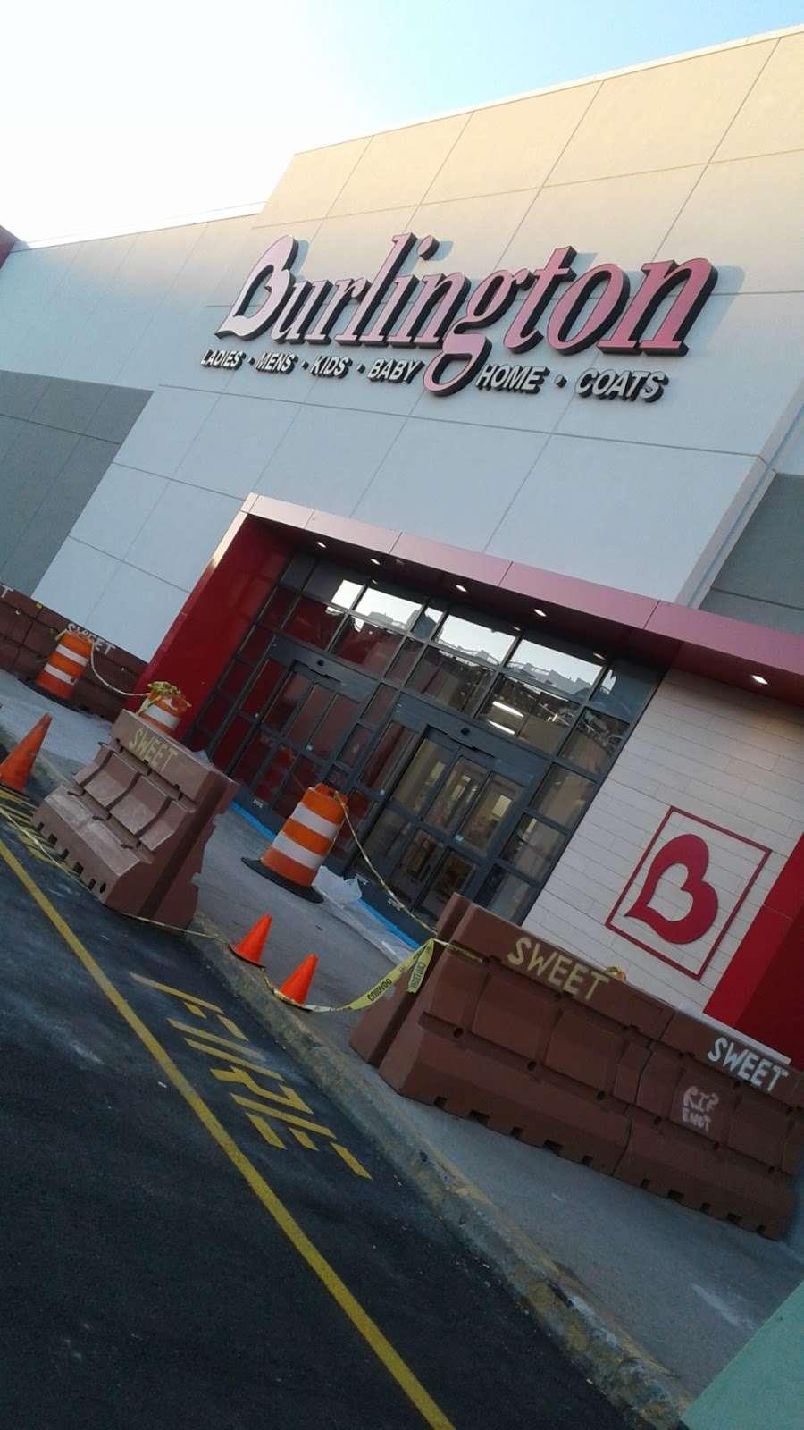 Burlington - clothing store  | Photo 8 of 10 | Address: 1925 Turnbull Ave, The Bronx, NY 10473, USA | Phone: (718) 518-3190
