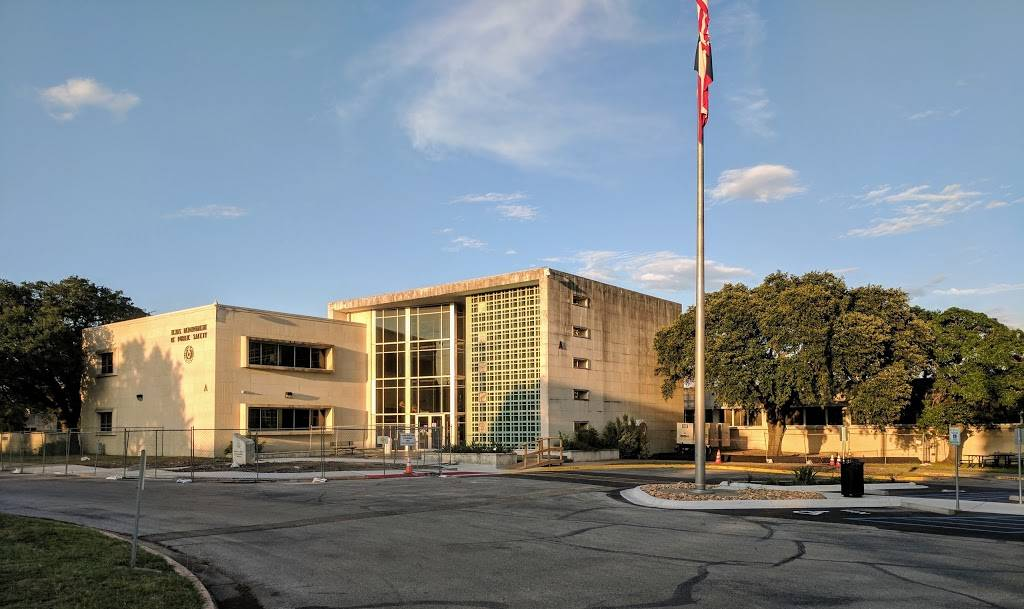 Texas Department of Public Safety - local government office  | Photo 1 of 10 | Address: 5805 N Lamar Blvd, Austin, TX 78752, USA | Phone: (512) 424-2000