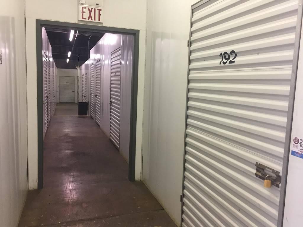 Abbott Self Storage Trinity - storage  | Photo 5 of 8 | Address: 2021 Pittway Dr, Nashville, TN 37207, USA | Phone: (615) 226-4300