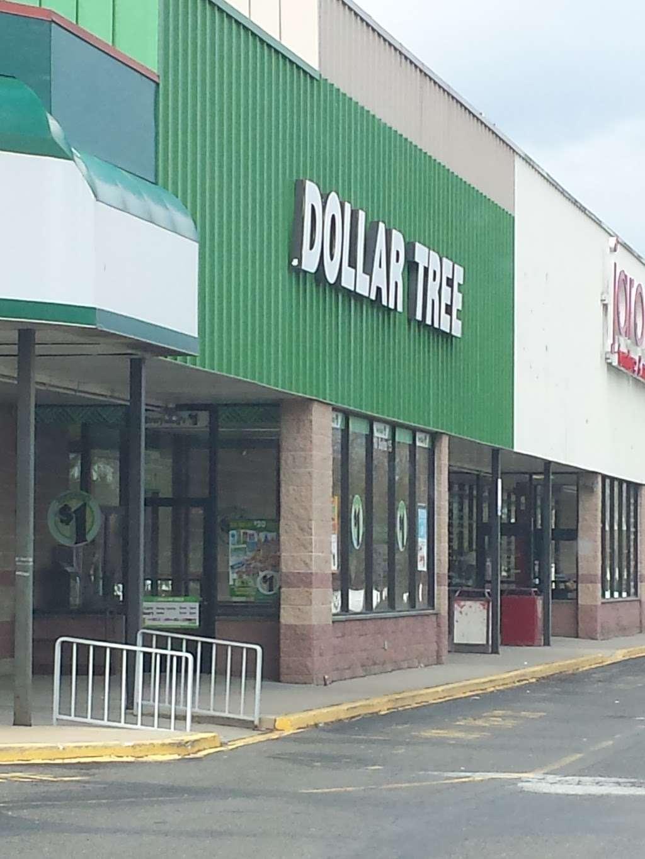 Dollar Tree - furniture store  | Photo 2 of 7 | Address: 1710 NJ-38, Mt Holly, NJ 08060, USA | Phone: (609) 267-7510