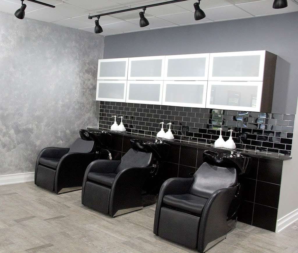 SOS Salon and Spa - hair care  | Photo 8 of 9 | Address: 6516 W Higgins Ave, Chicago, IL 60656, USA | Phone: (773) 559-2718