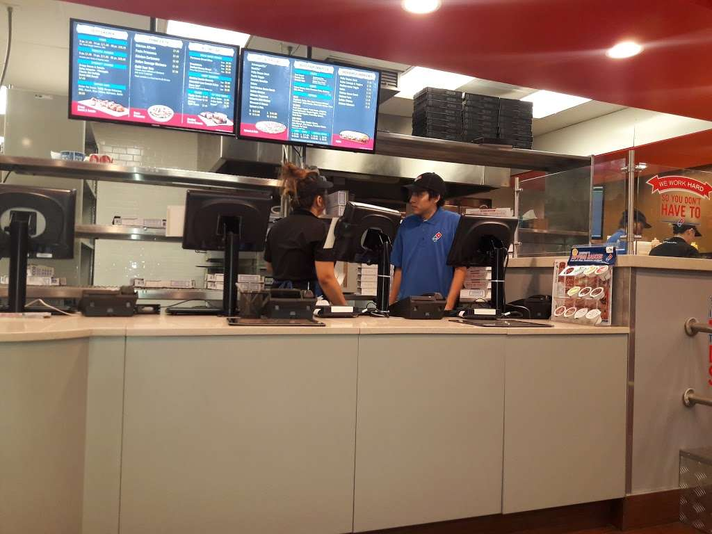 Dominos Pizza - meal delivery  | Photo 3 of 10 | Address: 826 N Glendora Ave, Covina, CA 91724, USA | Phone: (626) 331-9911