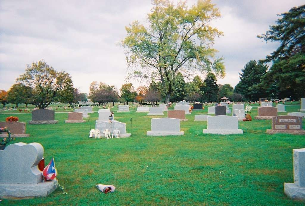 Bethlehem Memorial Park - cemetery  | Photo 1 of 8 | Address: 1851 Linden St, Bethlehem, PA 18017, USA | Phone: (610) 867-4294