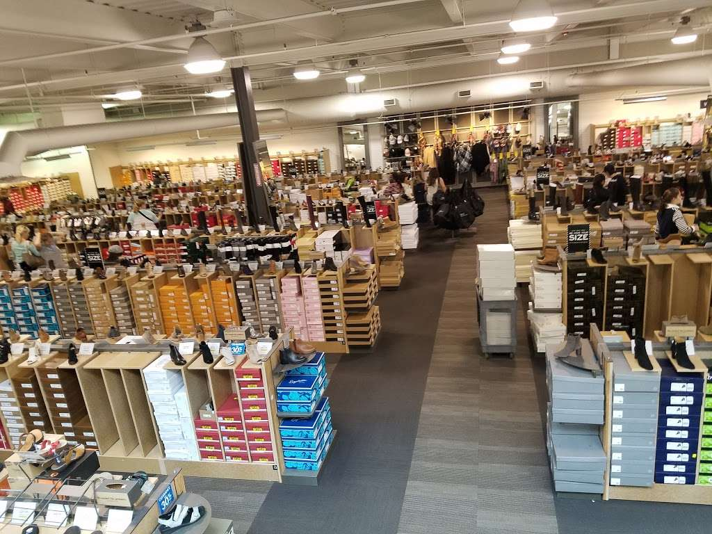 DSW Designer Shoe Warehouse - shoe store  | Photo 2 of 10 | Address: 60 State Route 17 North, Paramus, NJ 07652, USA | Phone: (201) 291-0505