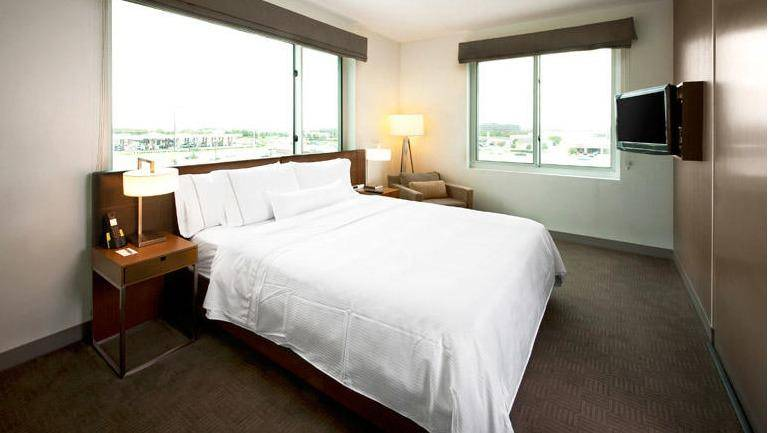 Element Dallas Fort Worth Airport North - lodging  | Photo 2 of 10 | Address: 3550 Highway 635, Irving, TX 75063, USA | Phone: (972) 929-9800