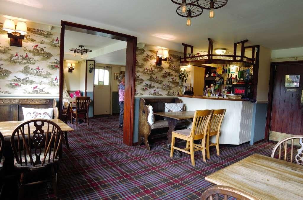 The Bright Star Pub - restaurant  | Photo 4 of 10 | Address: Kimpton Road, Peters Green, Luton LU2 9QP, UK | Phone: 01438 832351
