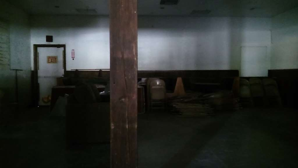 Maricopa Gusher Hall - museum    Photo 7 of 7   Address: 267 CA-33, Maricopa, CA 93252, USA