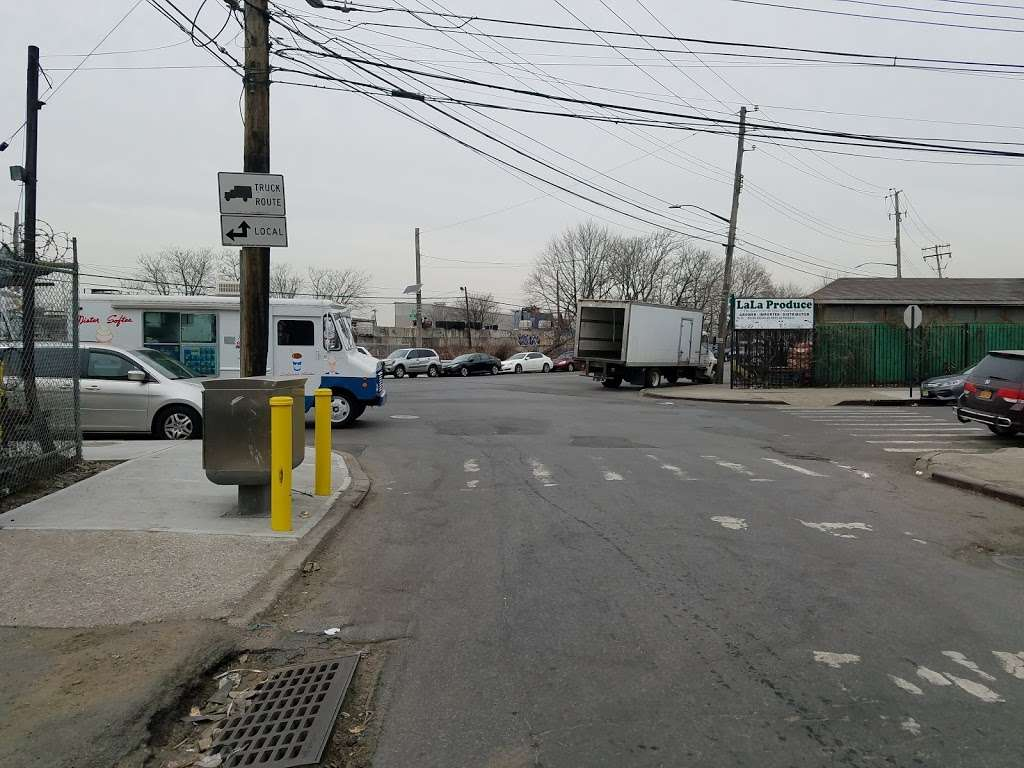 DOH Food Cart Inspection Office - local government office    Photo 3 of 4   Address: 56-13 56th Dr, Maspeth, NY 11378, USA
