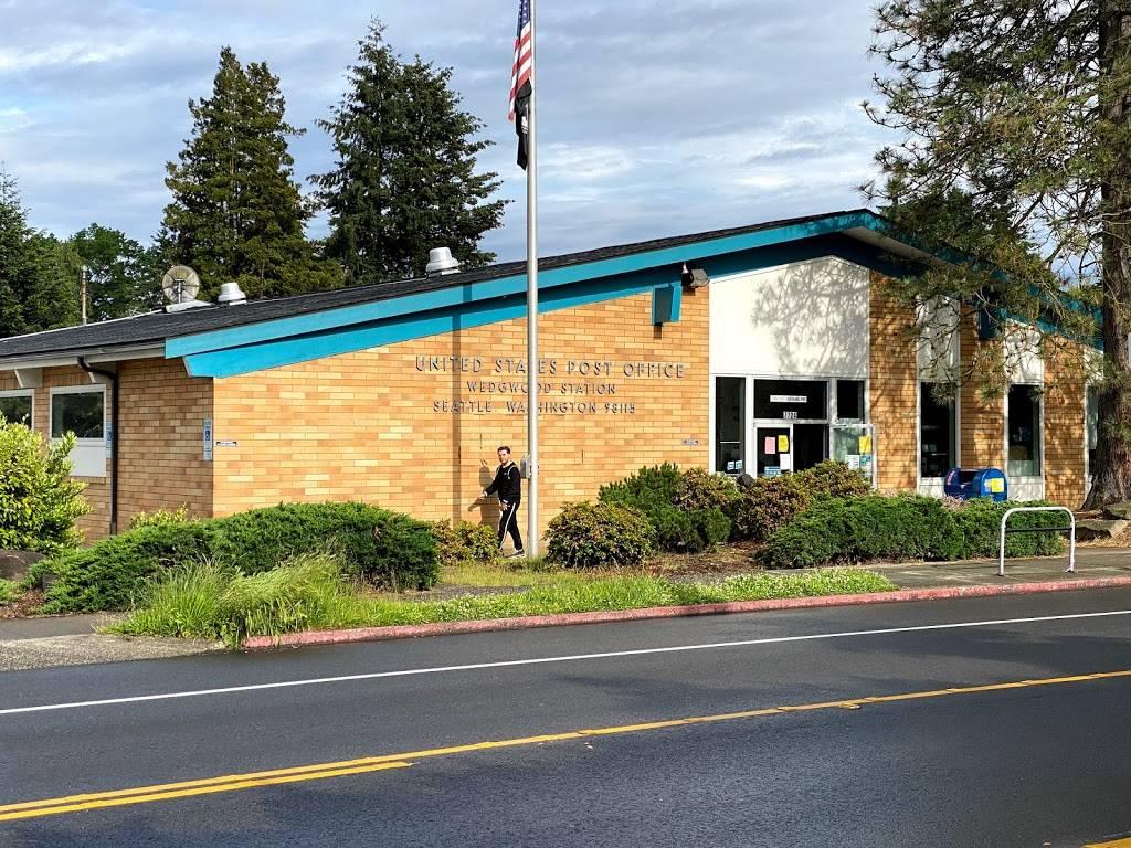 United States Postal Service - post office  | Photo 1 of 10 | Address: 7724 35th Ave NE, Seattle, WA 98115, USA | Phone: (800) 275-8777