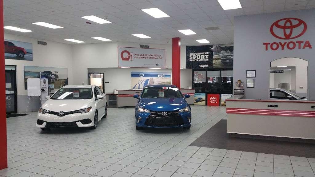 Palm Beach Toyota - car dealer  | Photo 1 of 10 | Address: 200 S Congress Ave, West Palm Beach, FL 33406, USA | Phone: (561) 701-9306