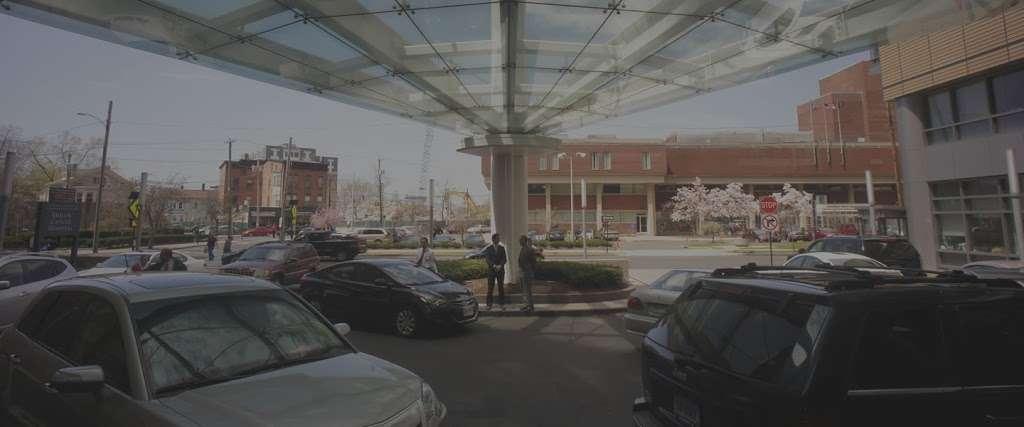 Propark America - parking  | Photo 4 of 6 | Address: 112-15 Northern Blvd, Corona, NY 11368, USA | Phone: (718) 651-5000