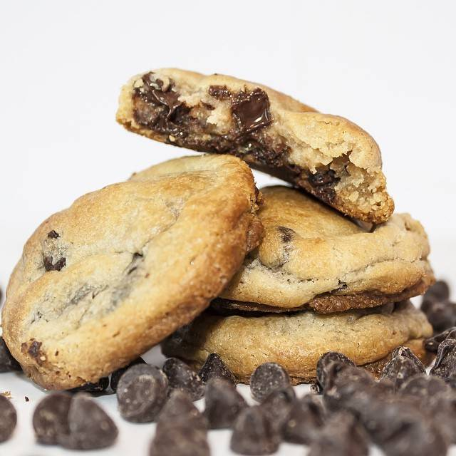 Cookies By Shar - bakery  | Photo 2 of 7 | Address: 11870 W State Rd 84 Unit C8, Davie, FL 33325, USA | Phone: (954) 689-2205
