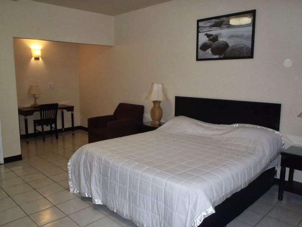 EconoStay Inn - lodging  | Photo 4 of 10 | Address: 209 Kestrel Dr, Mt Pocono, PA 18344, USA | Phone: (570) 243-4600