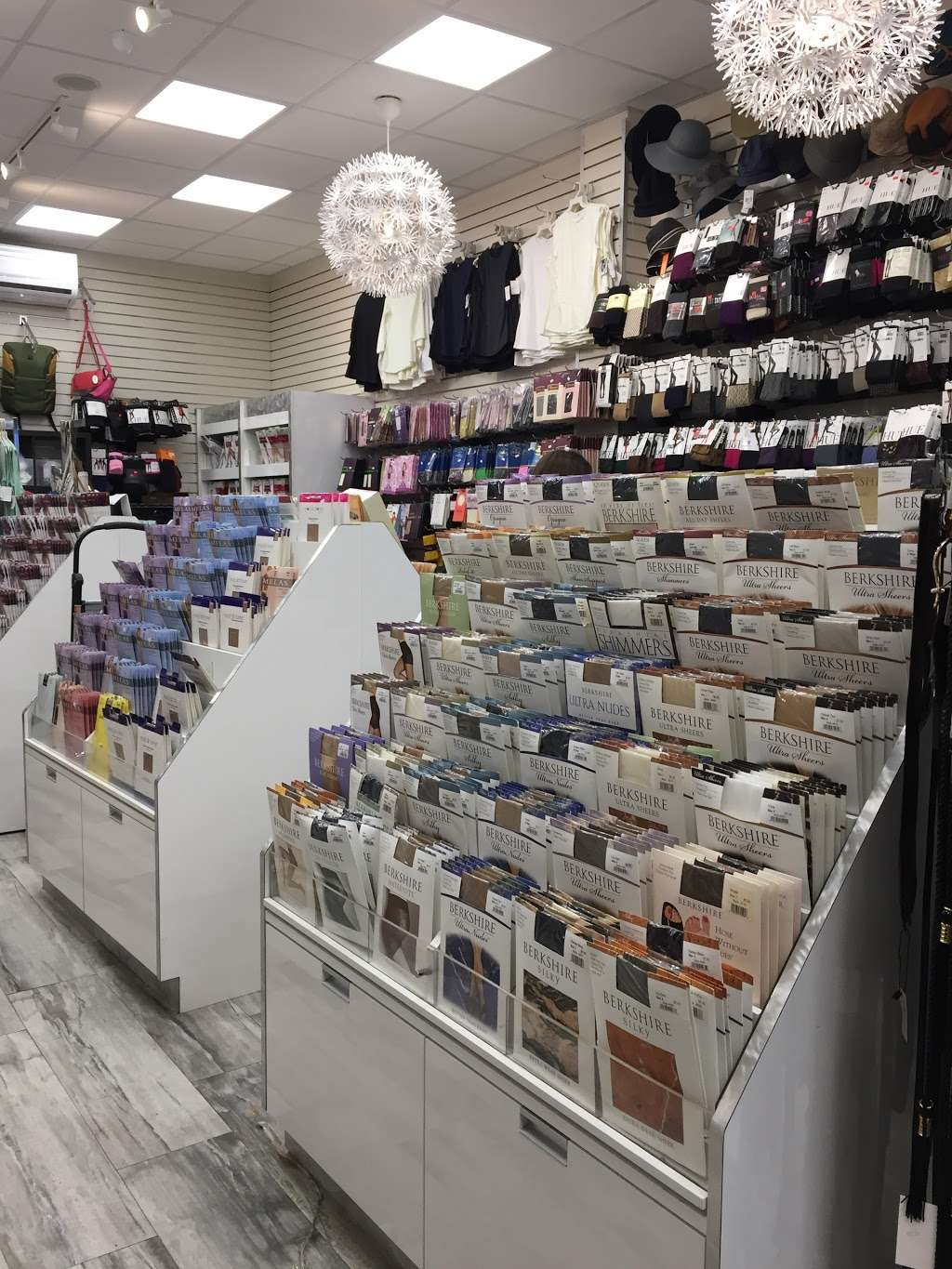Crown Heights Hosiery - clothing store    Photo 4 of 10   Address: 312 Kingston Ave, Brooklyn, NY 11213, USA   Phone: (718) 467-6276