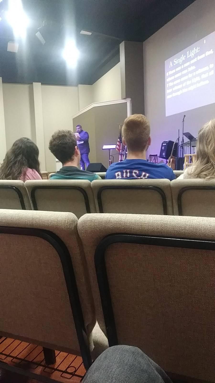 Southpointe Baptist Church - church  | Photo 5 of 7 | Address: 901 Debbie Ln, Arlington, TX 76002, USA | Phone: (817) 453-5550