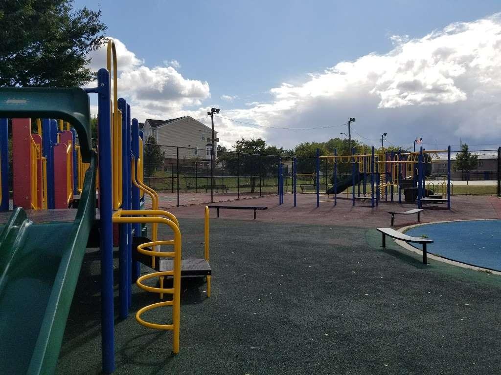 McGovern Park - park  | Photo 5 of 10 | Address: Jersey City, NJ 07305, USA