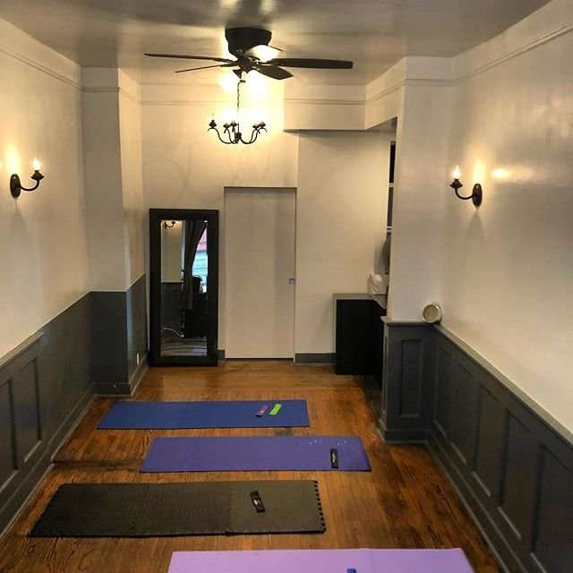 House of Physical Therapy - physiotherapist    Photo 1 of 9   Address: Front 1W, 280 E 10th St, New York, NY 10009, USA   Phone: (646) 926-1403
