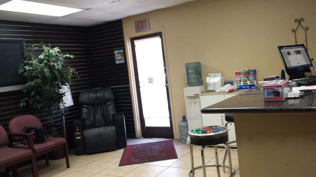 Simi Center - car repair  | Photo 2 of 10 | Address: 75 W Easy St, Simi Valley, CA 93065, USA | Phone: (805) 526-2002
