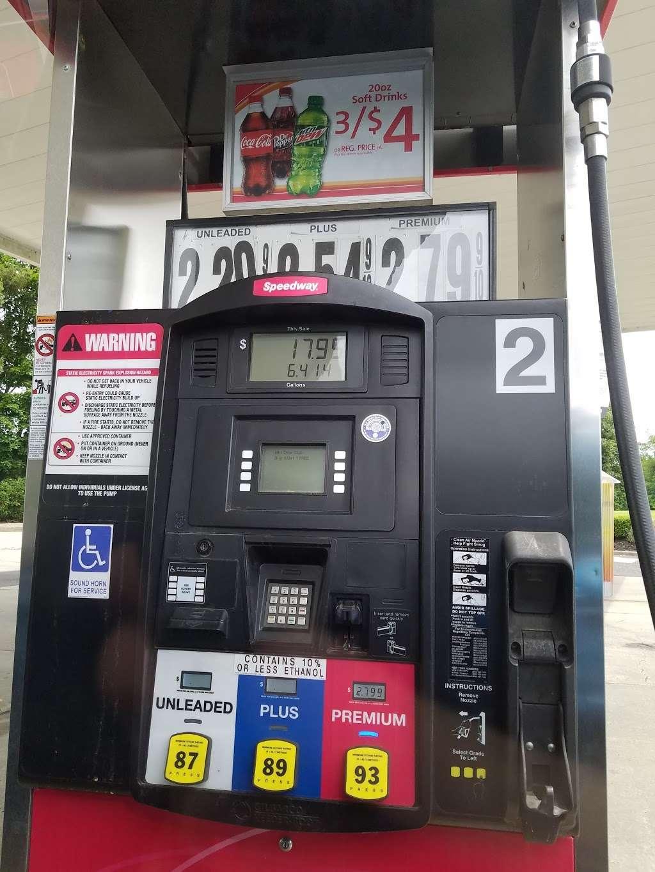 Speedway - convenience store  | Photo 2 of 3 | Address: 665 NJ-33, East Windsor, NJ 08520, USA | Phone: (609) 371-5729