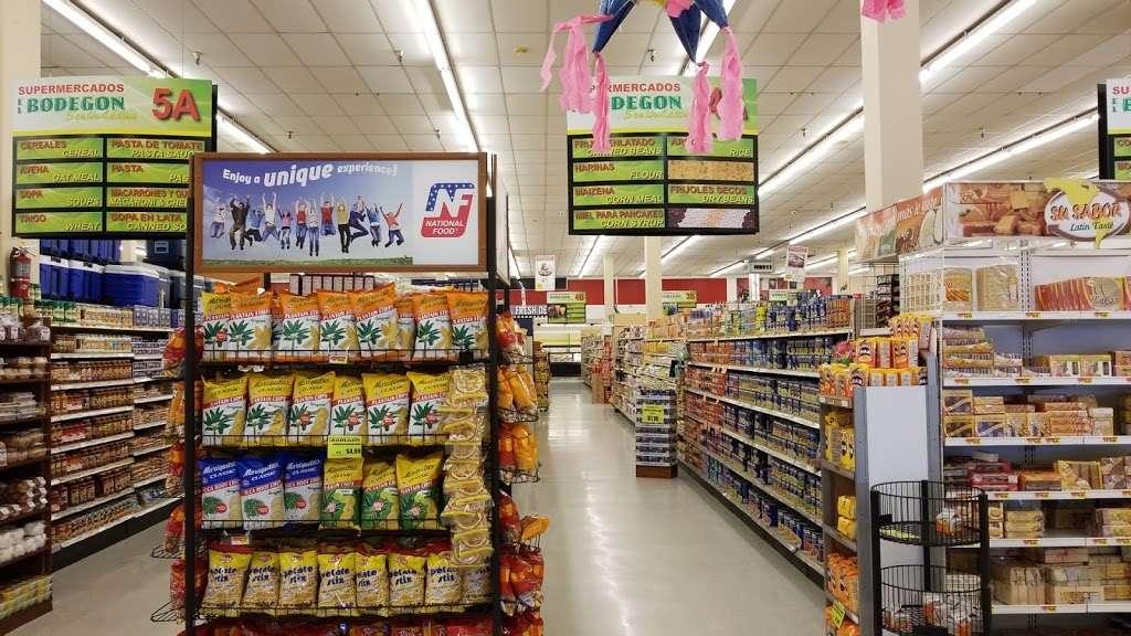 Supermercados El Bodegon - supermarket  | Photo 8 of 10 | Address: 4481 Lake Worth Rd, Lake Worth, FL 33461, USA | Phone: (561) 967-2177