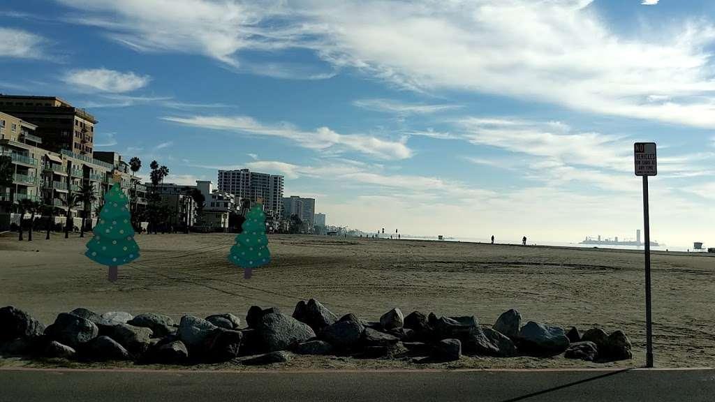 380 E Shoreline Dr Parking - parking  | Photo 9 of 10 | Address: 380E E Shoreline Dr, Long Beach, CA 90802, USA