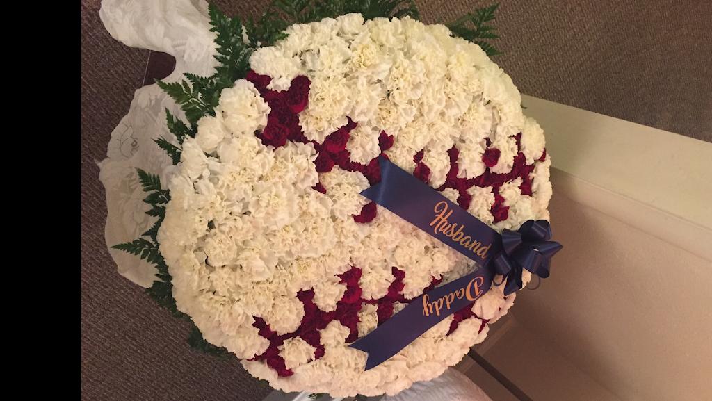 Westside Flowers LLC - florist  | Photo 2 of 10 | Address: 4257 Southwest Blvd, Tulsa, OK 74107, USA | Phone: (918) 446-0020