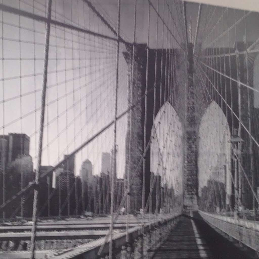 Bond Professional Wallcovering - painter  | Photo 4 of 4 | Address: 2962 Philip Ave, Bronx, NY 10465, USA | Phone: (718) 822-2463