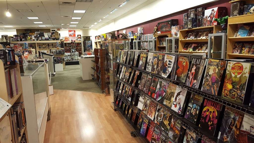 Dream World Collectibles - art gallery    Photo 2 of 10   Address: 1555 Simi Town Center Way #165, Simi Valley, CA 93065, USA   Phone: (805) 581-0409