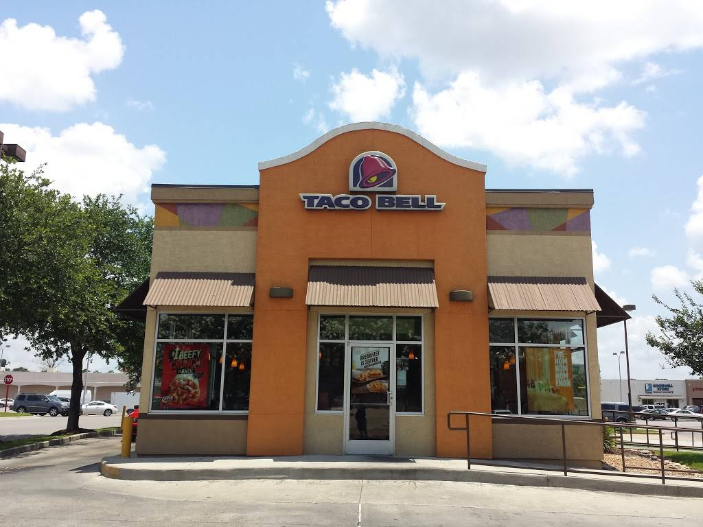 Taco Bell - meal takeaway  | Photo 1 of 9 | Address: 3125 College Dr, Baton Rouge, LA 70808, USA | Phone: (225) 216-1861