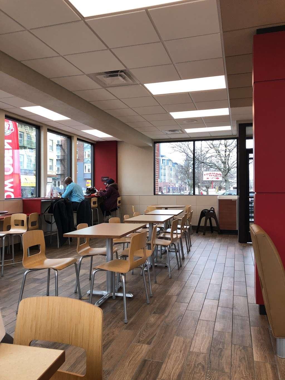 Wendys - restaurant    Photo 9 of 10   Address: 2 Main St, City of Orange, NJ 07050, USA   Phone: (973) 414-0560