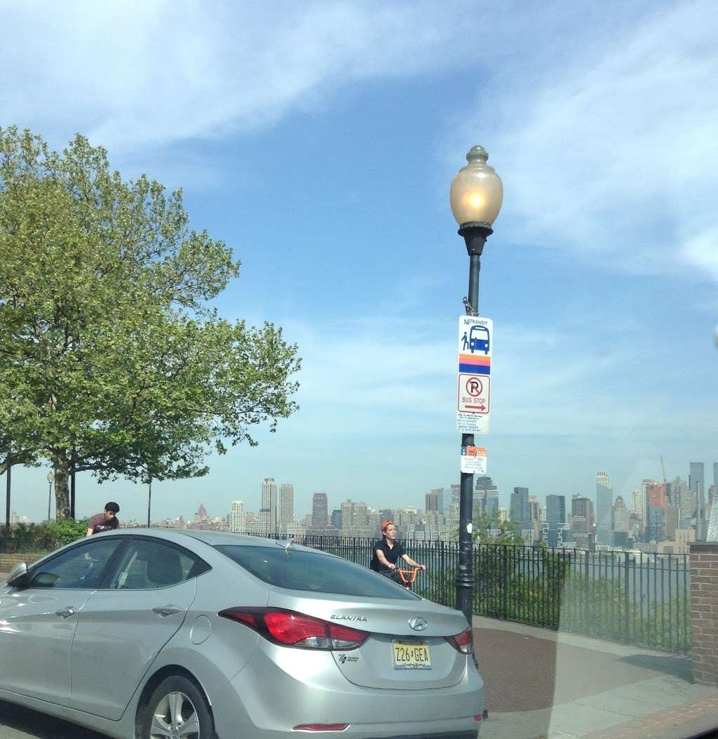 Blvd East at 47/48th St - bus station  | Photo 1 of 3 | Address: Weehawken, NJ 07086, USA