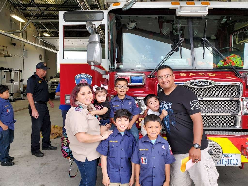 San Antonio Fire Department Station #2 - fire station  | Photo 4 of 8 | Address: 1058 W Villaret Blvd, San Antonio, TX 78224, USA | Phone: (210) 206-2202
