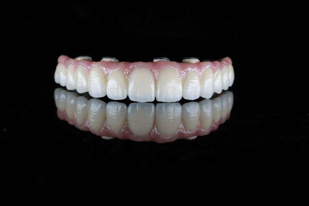 Marotta Dental Studio, Inc - dentist  | Photo 4 of 5 | Address: 130 Finn Ct, Farmingdale, NY 11735, USA | Phone: (866) 627-6882