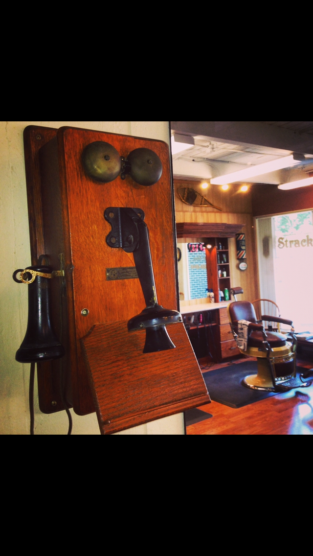 Stracks Barber Shop - hair care    Photo 8 of 10   Address: 1109 S Main St, Algonquin, IL 60102, USA   Phone: (847) 658-6948