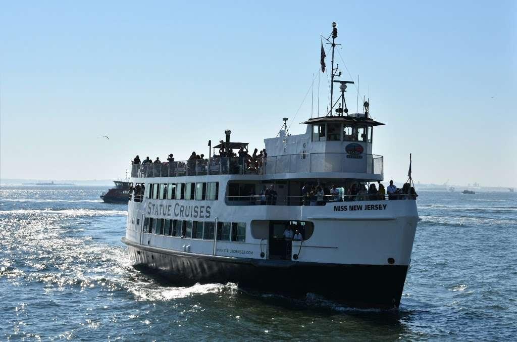 Liberty Island Ferry - transit station  | Photo 4 of 10 | Address: 1 Audrey Zapp Dr, Jersey City, NJ 07305, USA | Phone: (201) 604-2800