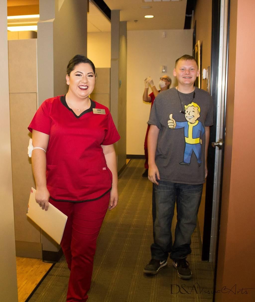 Arizona Orthodontic Centers - dentist    Photo 9 of 10   Address: 4130 N 108th Ave # 103, Phoenix, AZ 85037, USA   Phone: (623) 877-8500
