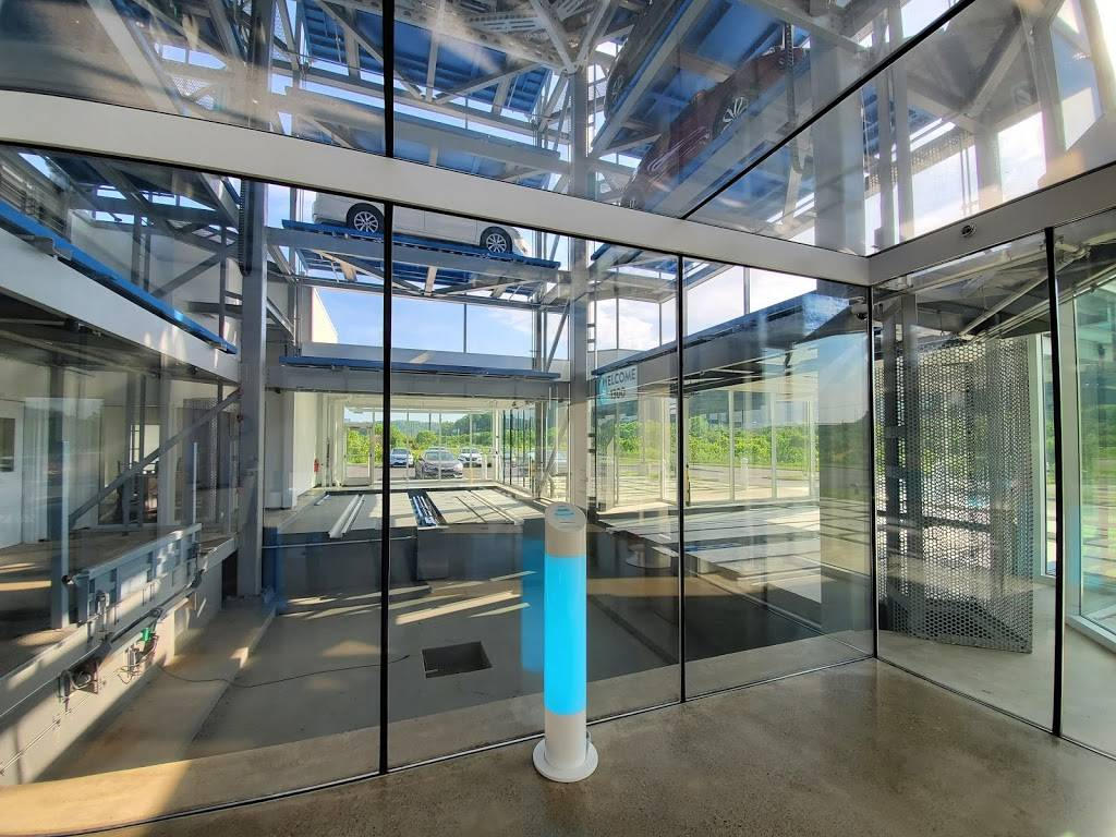 Carvana Pittsburgh - car dealer  | Photo 5 of 10 | Address: 1300 Brockwell St, Bridgeville, PA 15017, USA | Phone: (800) 333-4554