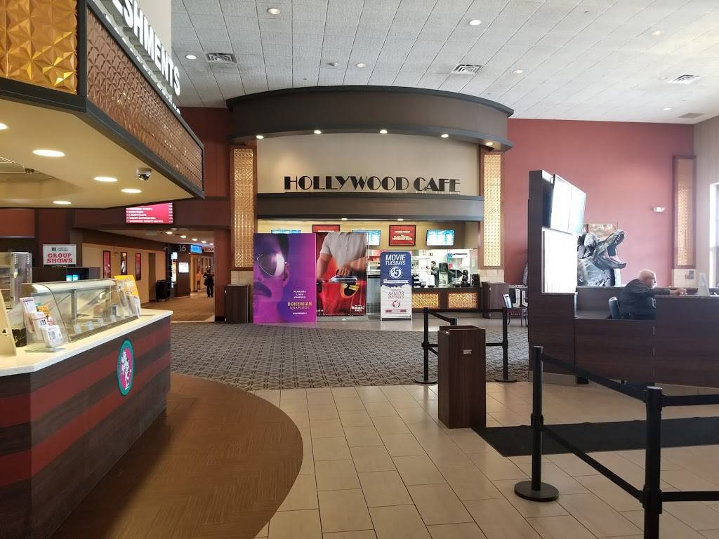 Marcus Oakdale Cinema - movie theater  | Photo 1 of 9 | Address: 5677 Hadley Ave N, Oakdale, MN 55128, USA | Phone: (651) 770-4992